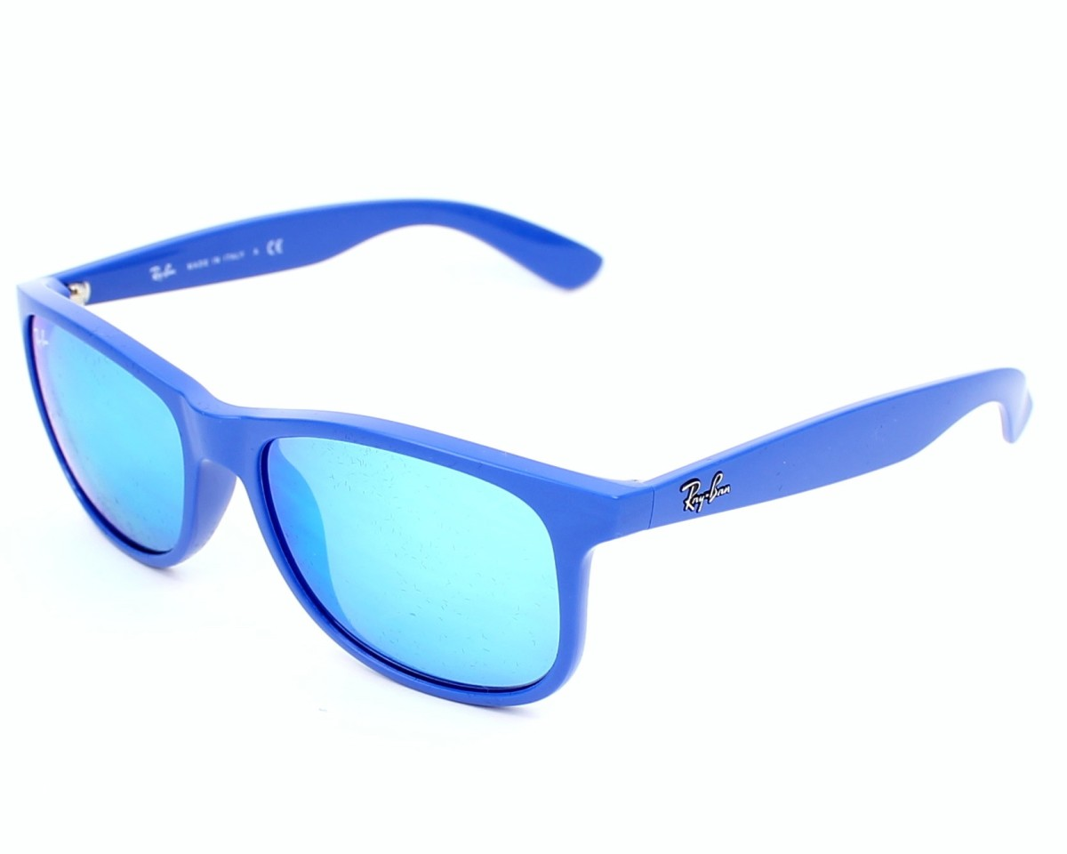 639833415f9163 thumbnail Sunglasses Ray-Ban RB-4202 6070 55 - Blue profile view